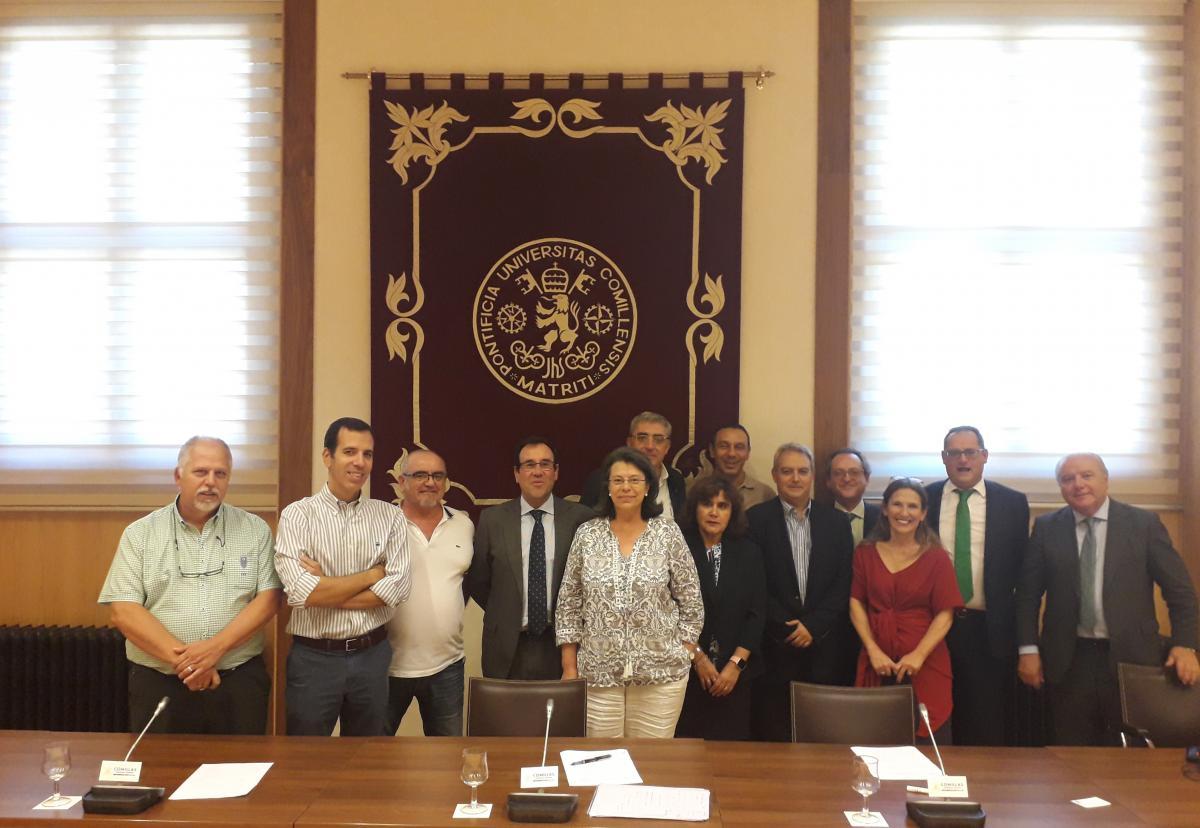 Participantes de la mesa negociadora de Centros de Educación Universitaria e Investigación