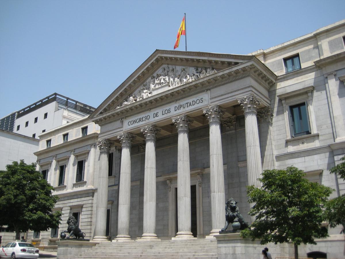 La Federación de Enseñanza insta al Congreso de los Diputados a aprobar el texto