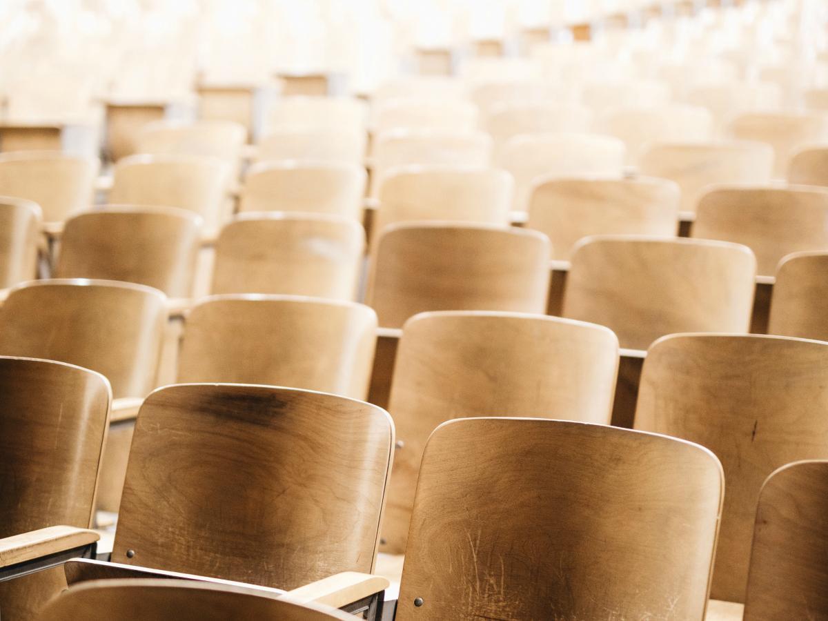 CCOO insta al Ministerio de Ciencia, Innovación y Universidades a negociar con los sindicatos