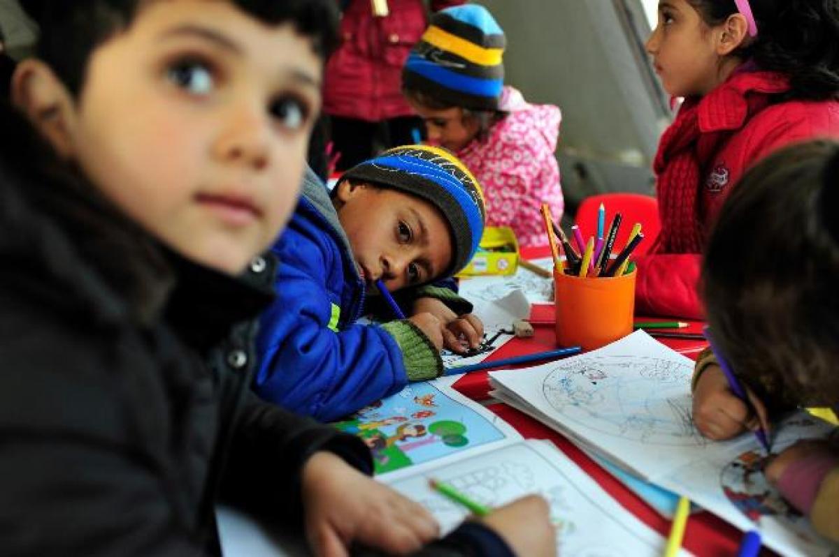 Desde FECCOO queremos contribuir, en la medida de lo posible, a mejorar la vida de estos chicos y chicas. (Foto: UNICEF)