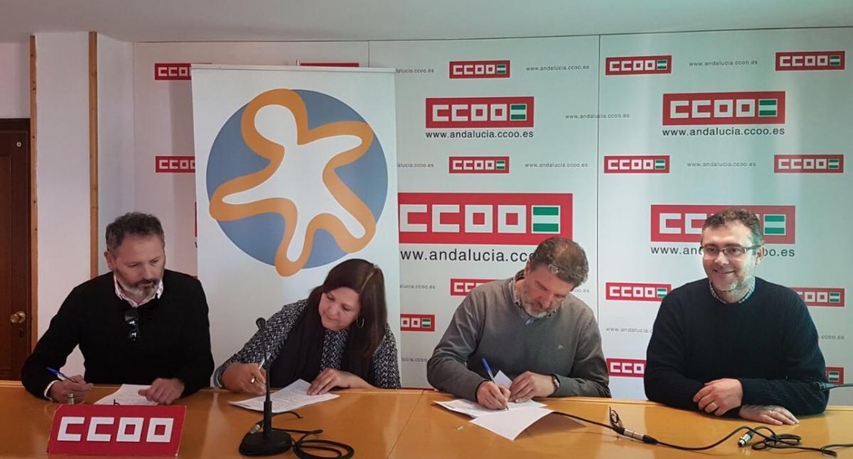 Ambas organizaciones firman el acuerdo.