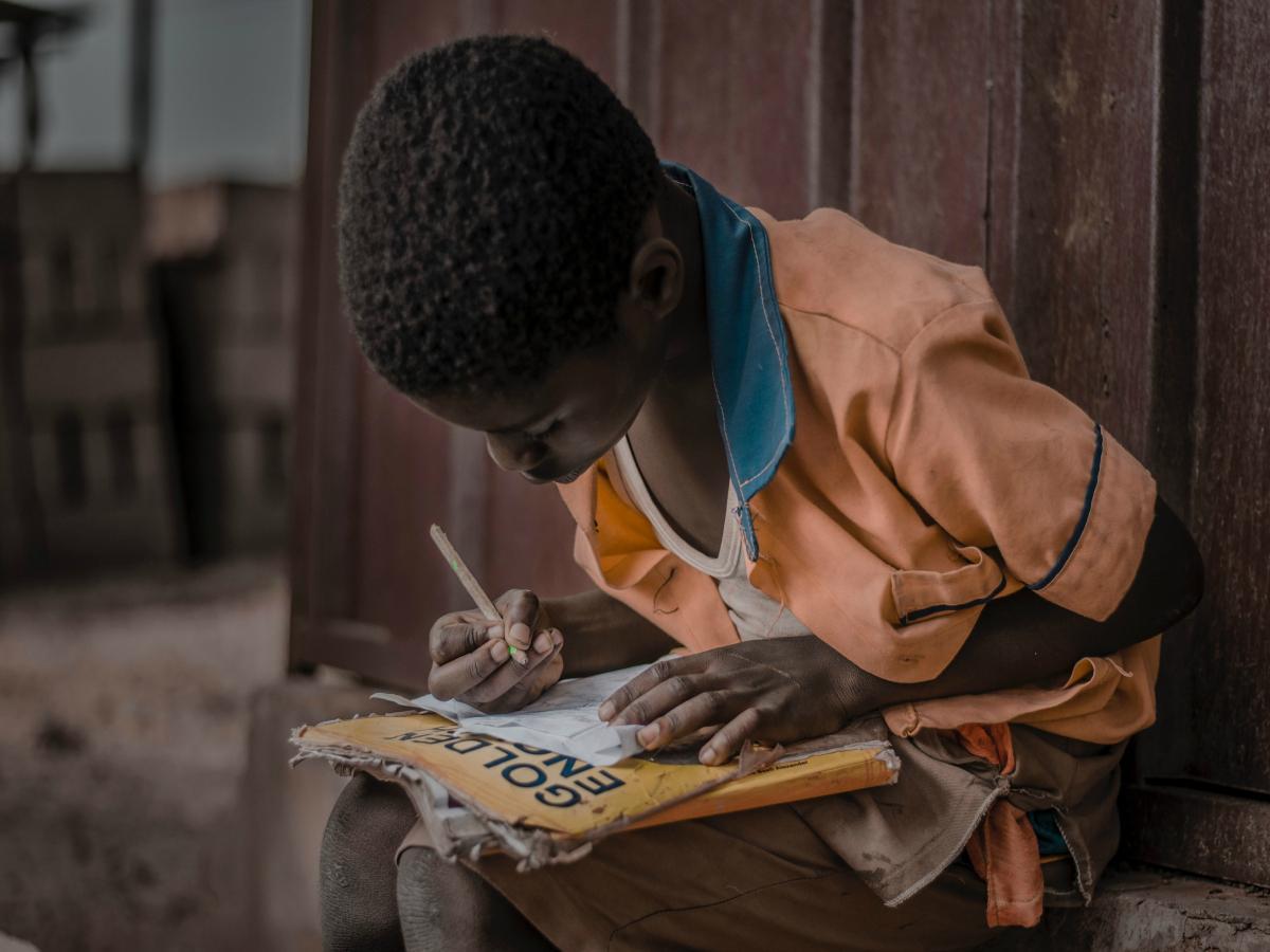 Hacen falta 69 millones de docentes más para mejorar los niveles de escolarización en el mundo.